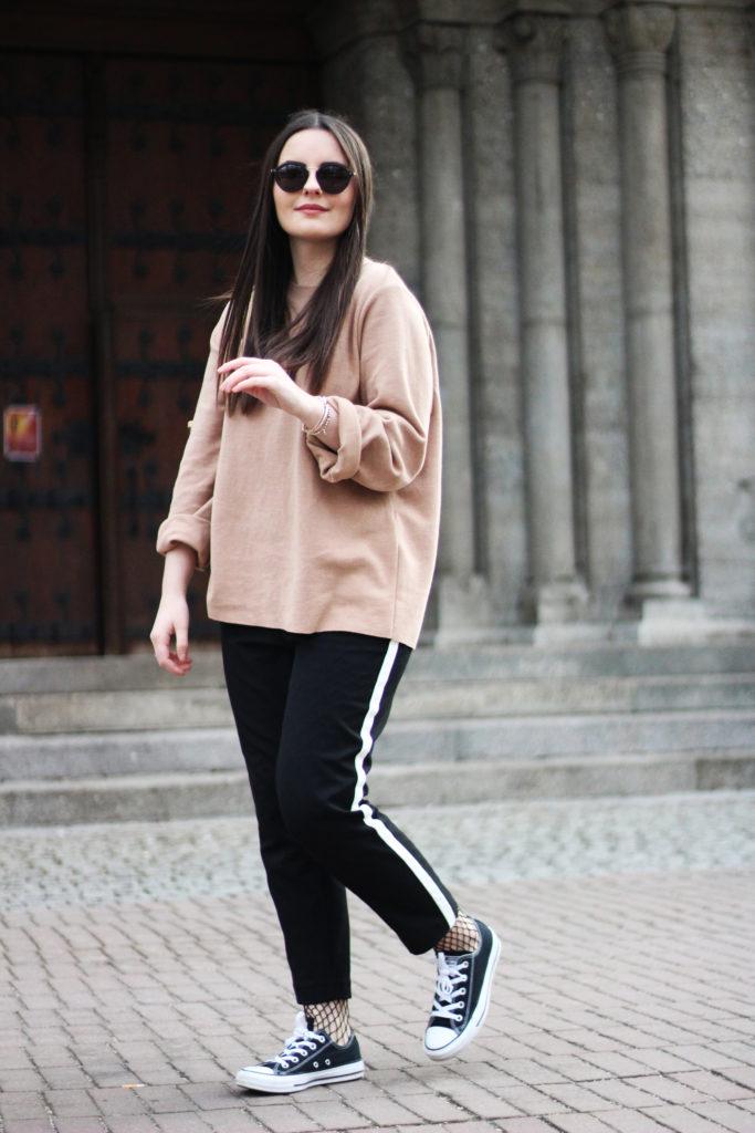 03 Netzstumpfhosen Trend Outfit