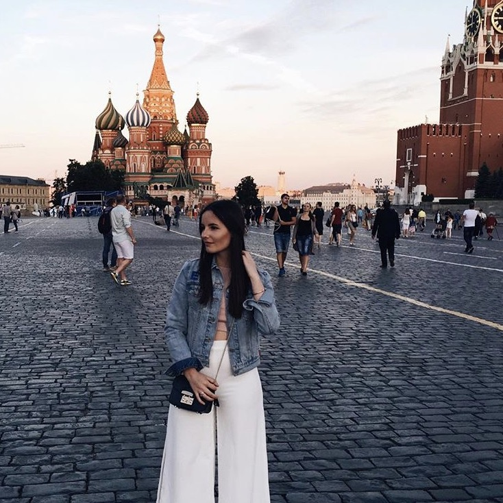 Moskau Travel Guide_Kirche mit Emily
